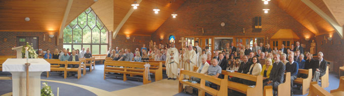 Wolverhampton Deanery Parishioners renew Marriage Vows